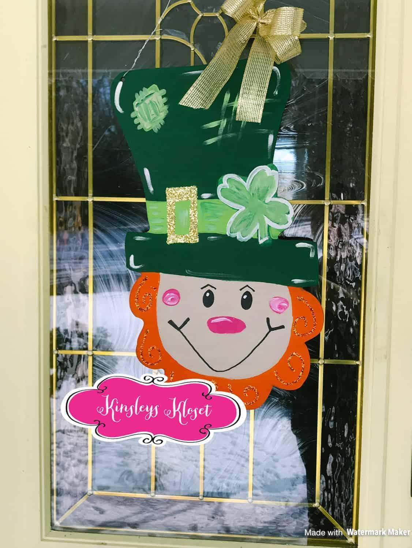 leprechaun wooden door hanger