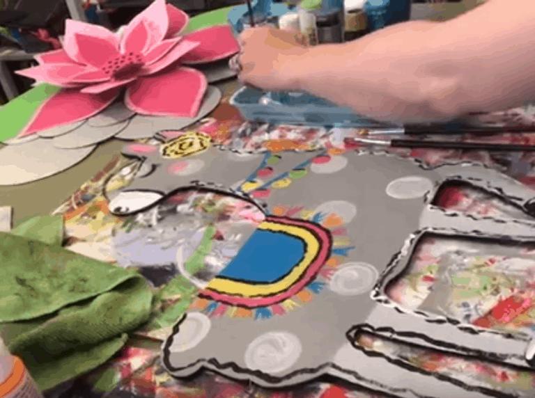 paint a llama